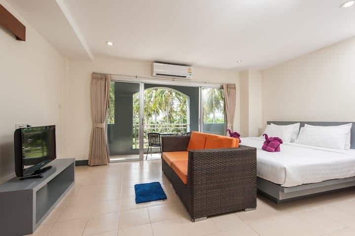 1 Bed room No.2 near Rawai & Naiharn