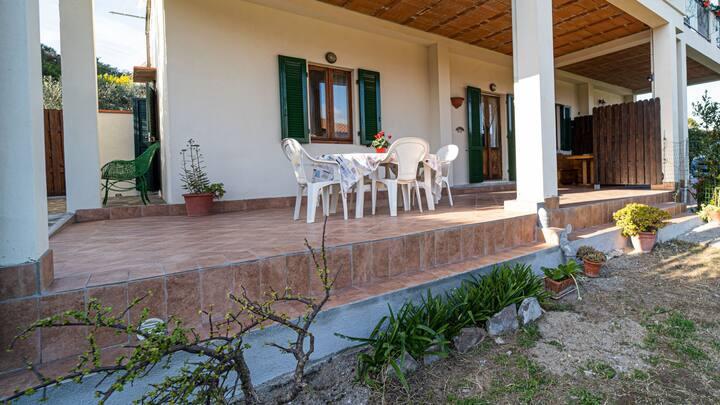 Tworoom LO SCOGLIO in Portoferraio