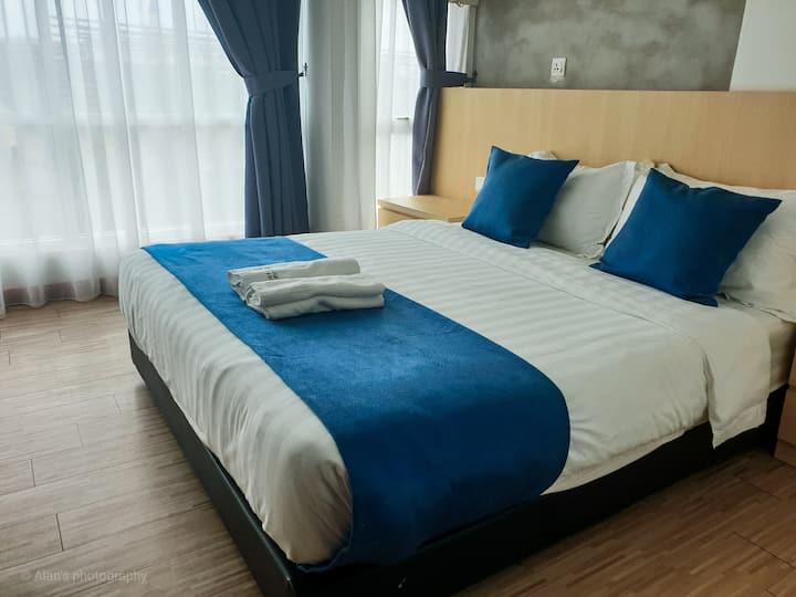 Kuah Town, Langkawi@2 Bedroom Suite (5 pax + 1)
