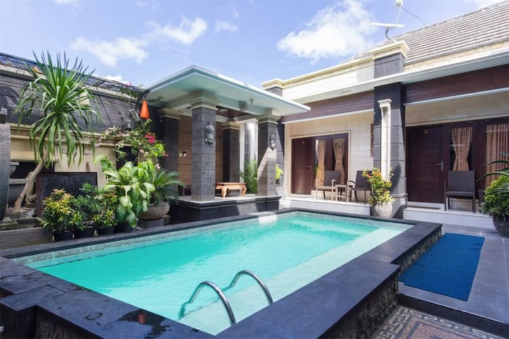 Low Budget Hotel Accomodation In Jimbaran Bali