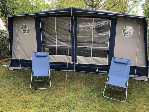 Camping Dompierre-sur-Besbre  «Caravane 2 le PAL