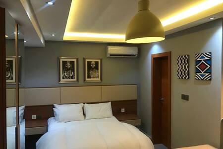Abacus Suites - Nadia Apartment