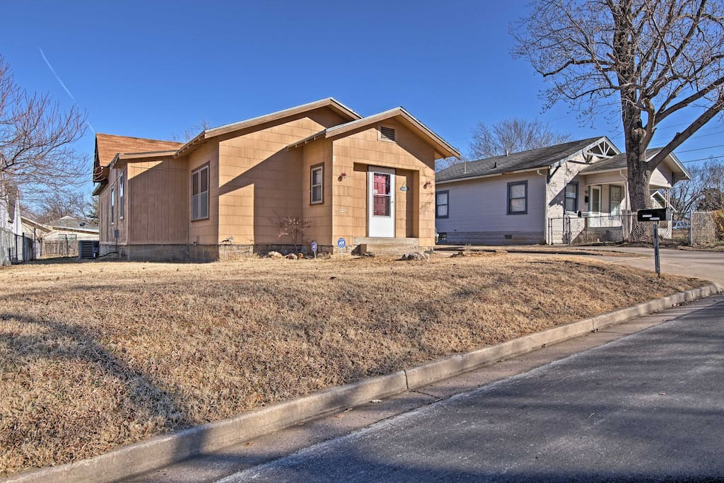 This home is just 10 minutes from downtown!