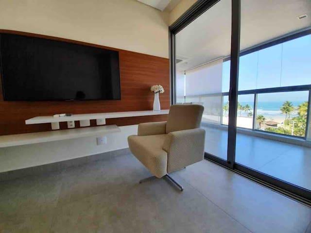 Veja o Mar do Sofá da sala de estar