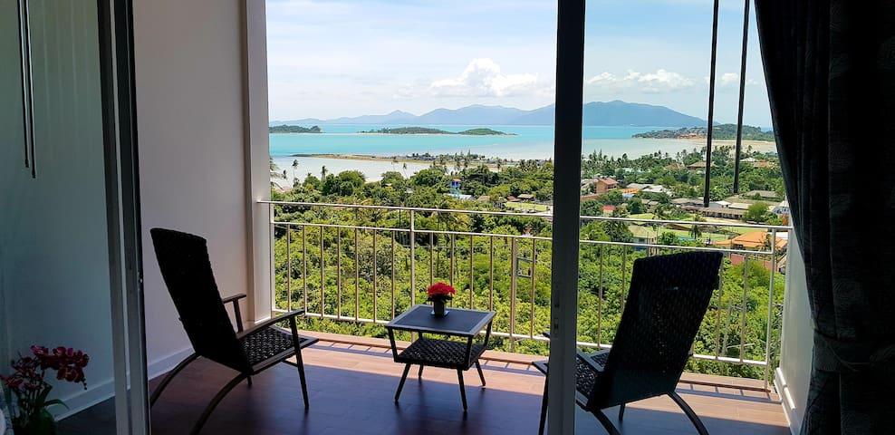Balcony With views on Koh Som & Koh Phangan