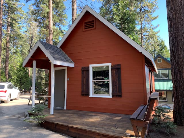 The Cedar Cottage for 2