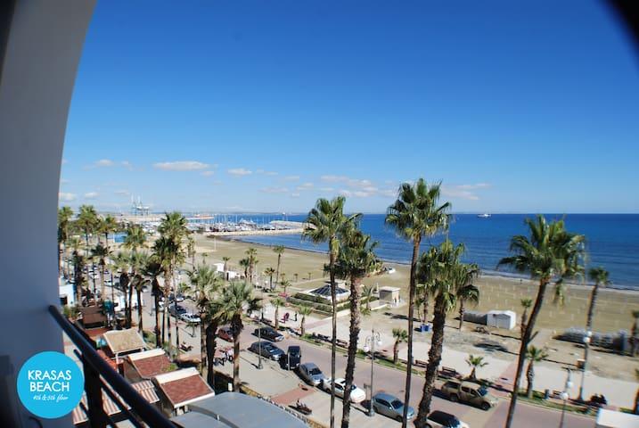 Krasas Beach - 1 bedroom apt with Sea View