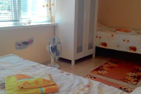 Nice Private Room -  MMC Primorsko - Primorsko