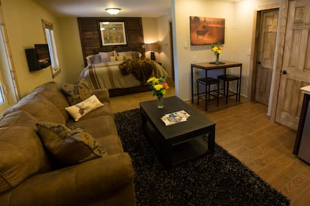 The Silver Lake Lodge, Alpine Suite - Idaho Springs