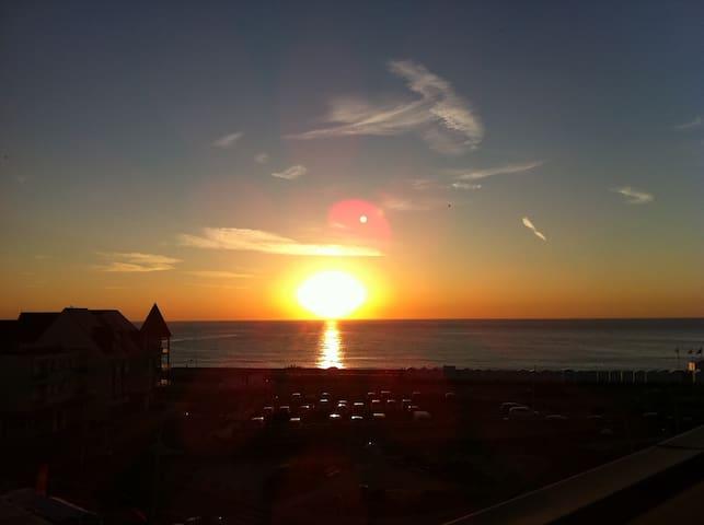 Appart La Vigie 6 pers terrasse vue mer 100m plage