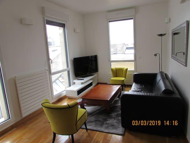 Superbe appartement au calme proche de Paris