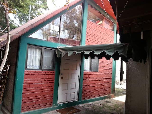 Preciosa Suite Amueblada para ejecutivos - Cuautitlán Izcalli - House