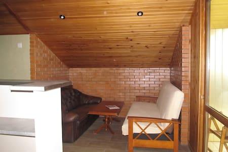 Cosy Home-Mtsvane Kontskhi