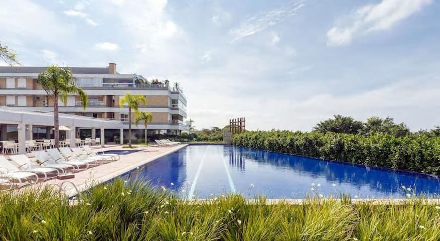 Secure Ocean Front Apartment with Pool and Beach
