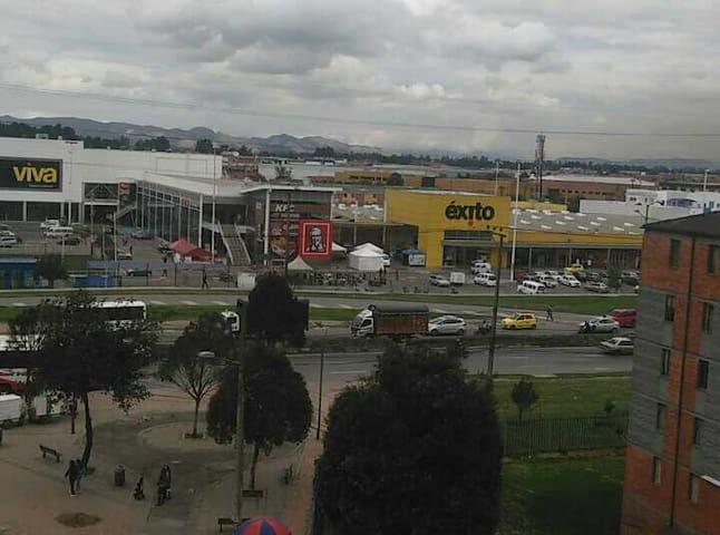 Hogar para descansar y un bueno precio - Bogotá - Appartement