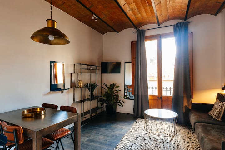 Apartment for 5  in Gracia's heart