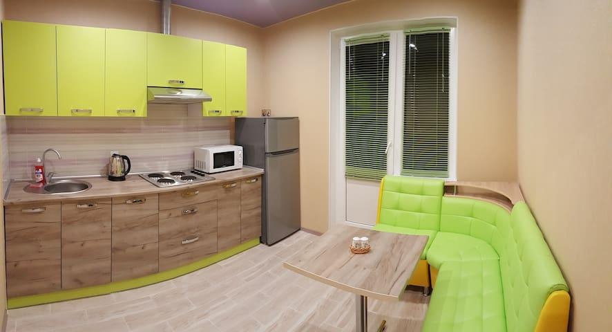 Новая Квартира рядом с метро Позняки на ул.Чавдар - Kiev - Lägenhet