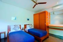 Gorgeous Villa, 3Bedroom, Private Pool, Canggu