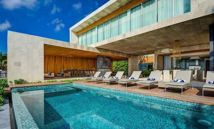 Villa Kin Ich - Contemporary Beach Villa