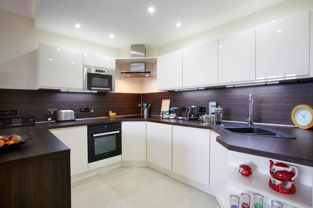 You are free to use this modern well equipped kitchen to prepare an evening meal or breakfast.