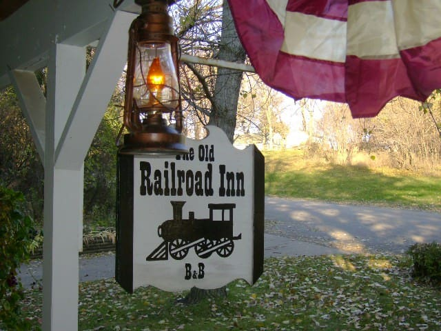 Old Rail Road Inn