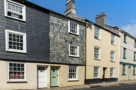 Tavistock Holiday Cottage -  56 West Street, Tavy - Tavistock - Dom