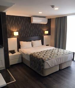 Bedroom picture