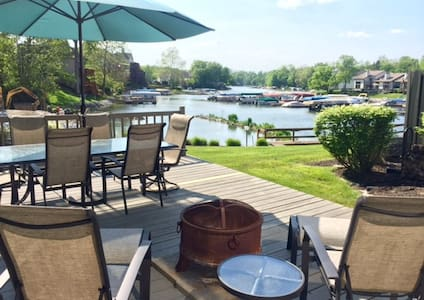 Indy 500 Special on Geist Reservoir - Indianapolis - Rivitalo