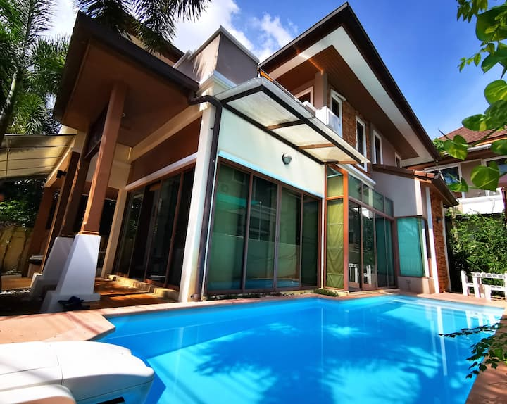 [perfect in Patong] Private Pool walk to Bangla.Rd