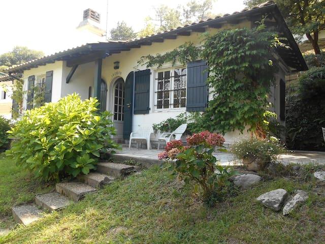 Maison de poupée à 200 m de la mer - Saint-Jean-de-Luz - Rumah