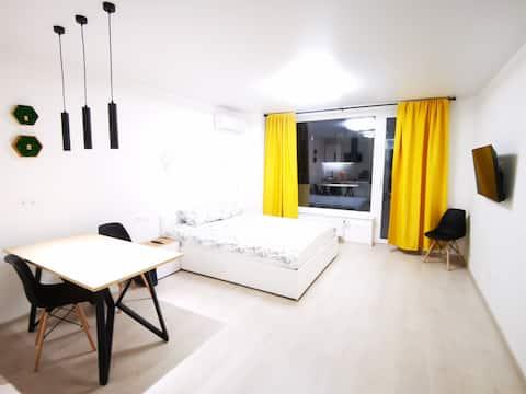 Дизайнерские апартаменты в центре Звенигорода