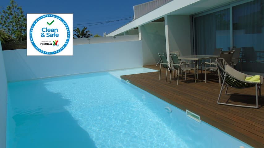 Villa Roxy Modern villa & Pool close to Meco beach