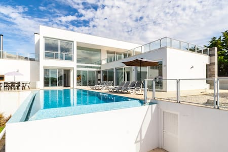V4 Evaristo, Lux 800m from beach - Albufeira
