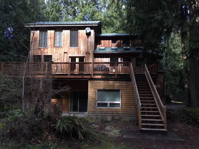Big Cedars Lodge on RainCoast Farms