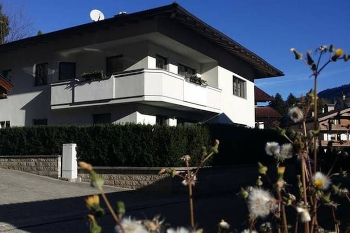Apartment Schrofen - Schwendau - บ้าน