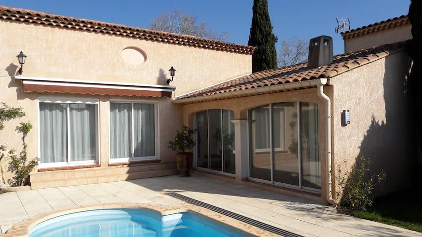 Villa avec piscine proche plage - Istres - Villa