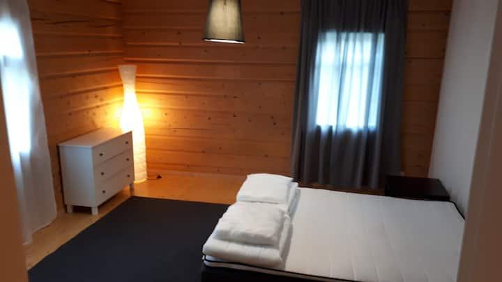 Mökki mukavuuksilla 10hlöä/Cottage, great view