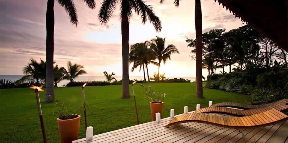 Getaway Ocean Front at Playa Junquillal Guanacaste - Santa Cruz - Villa