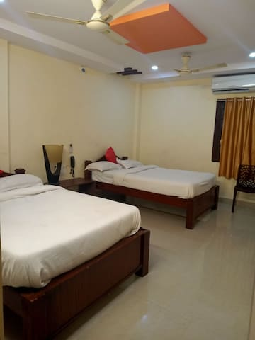 Luxury Guest House in Gajuwaka Junction. Best Room
