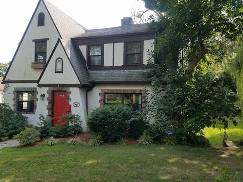Private Apartment in Park Hill Yonkers