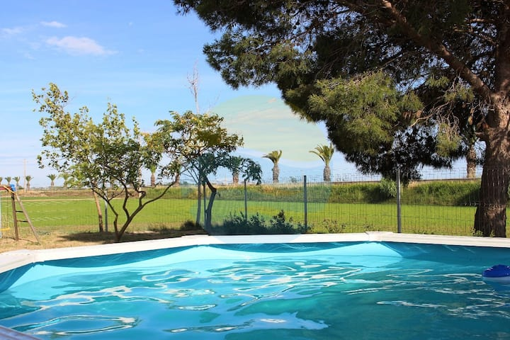 Country house right in the heart of Delta del Ebro