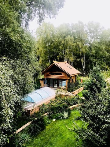Cedar private house near water in 5 km from Moscow