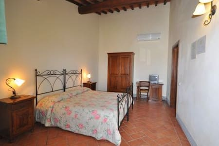 Beautiful double room in the tuscany countryside - Lain-lain