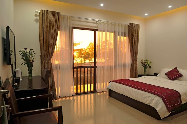 Kosmos Phu Quoc Villa/ VIP - tp. Phú Quốc - Bed & Breakfast