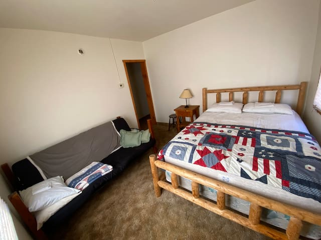Chalet #12 features one futon sofa bed and one Queen bed. Mattress covers, pillows, pillow cases, towels and blankets are provided. Linens are an additional charge of $20 per person, per stay. We encourage all guests to bring their own linens.