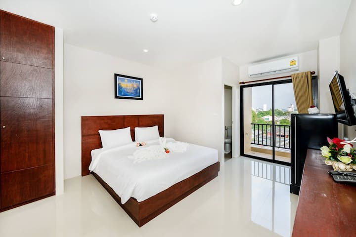 Room in the Center of Phuket city