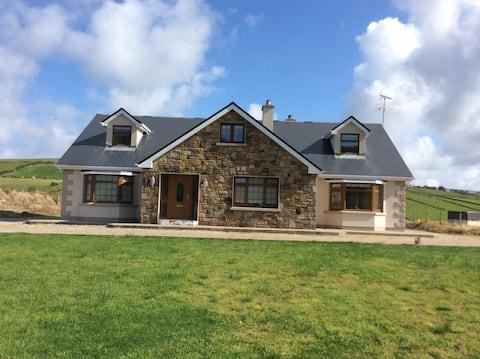 Beautiful Home on Carrowmore Lake