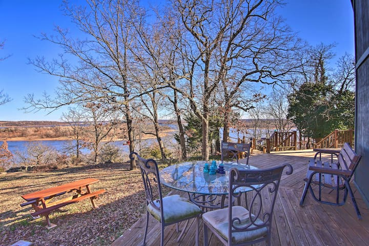 20-Acre Waterfront Keystone Lake Home w/Trail
