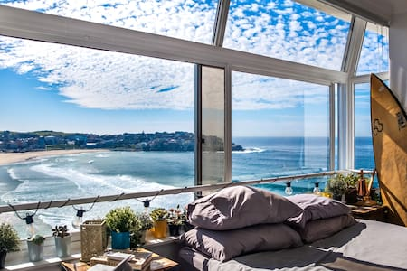 Oh My God Beach View - Top Floor Paradise
