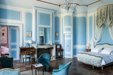 Chambre de la Marquise au Château